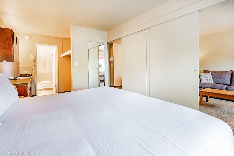 Downtown Bellevue Hotel & Suites